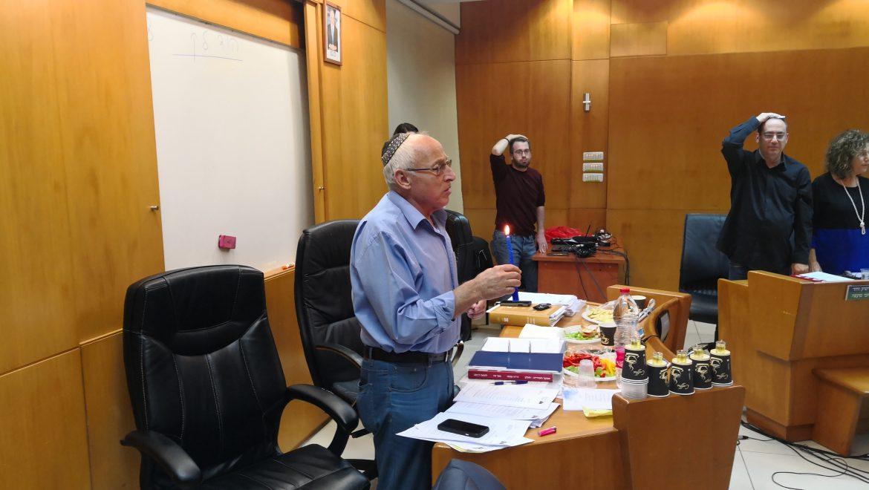 הדלקת נר רביעי של חנוכה  בישיבת המועצה 05.12.2018
