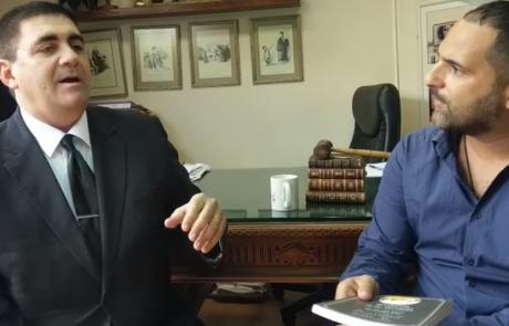 """ראיון עם עו""""ד רון לבנטל מומחה בדיני לשון הרע"""