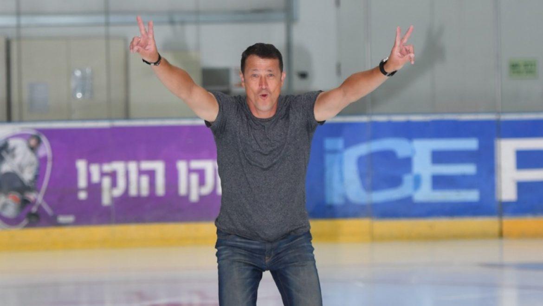 אלכס אברבוך, קופץ המוט האולימפי הצטלם השבוע להיכל הקרח חולון מרשת   ice peaks