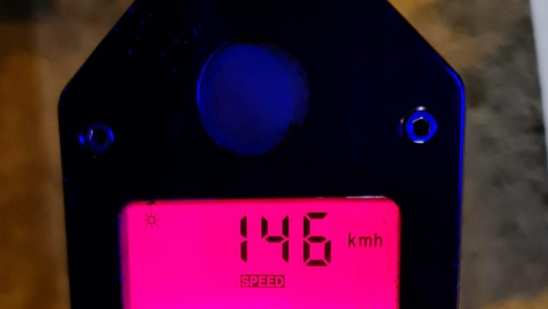 """חולון: נתפס נוהג במהירות חריגה של 146 קמ""""ש במקום שמותר 50 בלבד."""