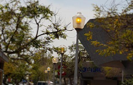 הוחלפה התאורה במרכז המסחרי בקרית שרת
